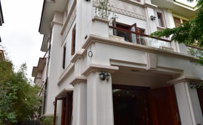 A villa of wood fragance